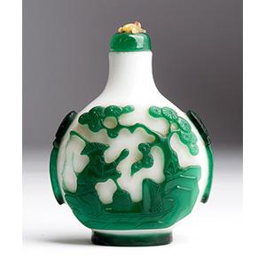 Overlay glass snuff bottle; XX Century; 7,3 ...