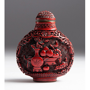 Carved lacquer snuff bottle; XIX Century; ...
