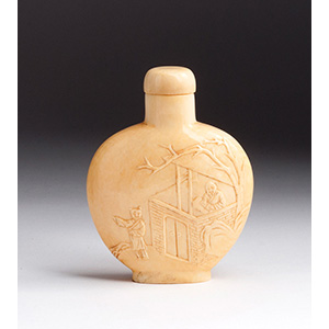 Carved scholars, Ivory snuff bottle; XX ...
