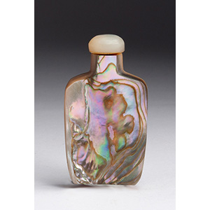 Morther of pearl snuff bottle; XX Century; ...