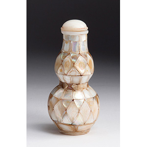 Mother of pearl mosaic double gourd snuff ...