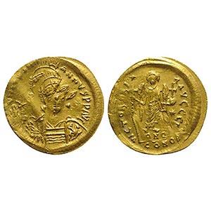 Justinian I (527-565). AV Solidus (22mm, ...