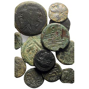Lot of 13 Roman Republican Æ coins, to be ...