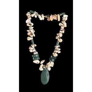 A STONE, GLASS AND CONCHSHELL BEADS NECKLACE ...