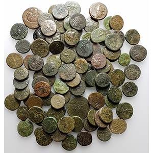 Lot of 100 Greek Æ coins, including Pontos, ...
