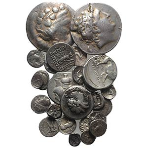 Lot of 27 Greek AR coins, mostly fractions, ...